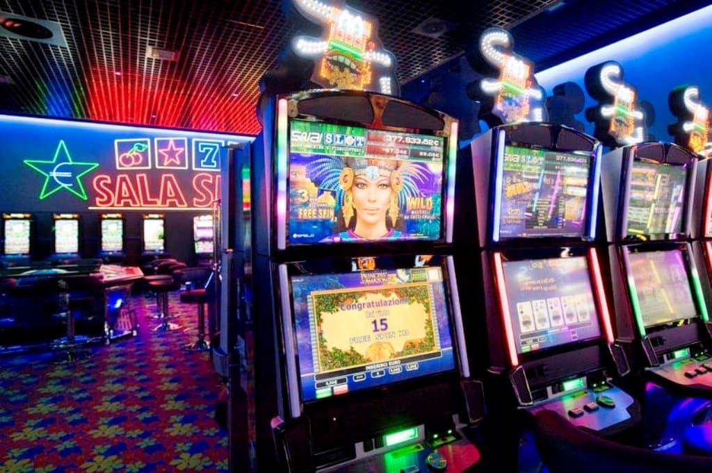 recensione Diamond Strike slot machine