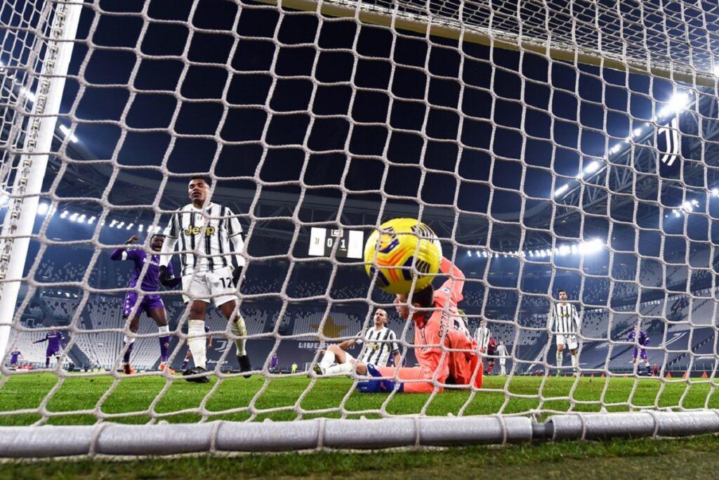 autogol Alex Sandro, Juventus-Fiorentina